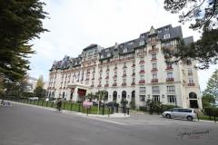 exterieur et entree Hotel Barriere L'Hermitage